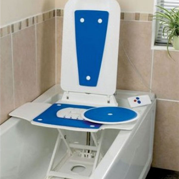 Bathmaster Deltis Bath Lift With Blue Covers Bentley Nursing