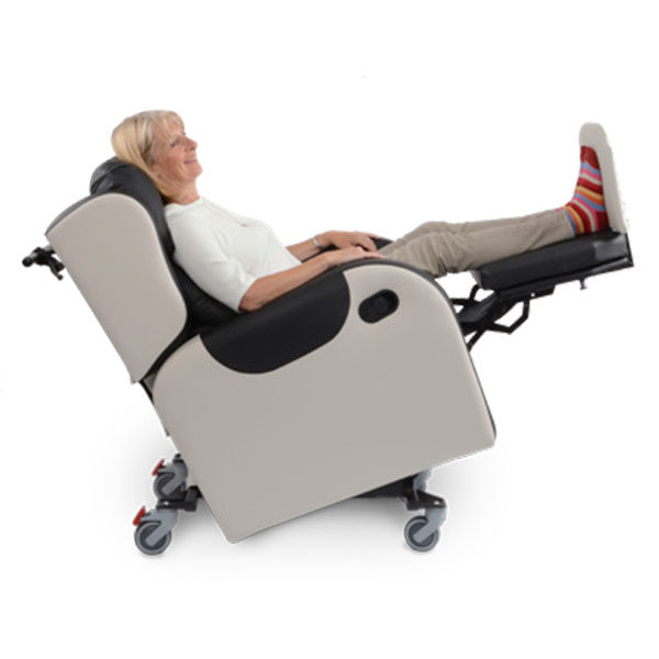 primacare broadway recliner chair sideview